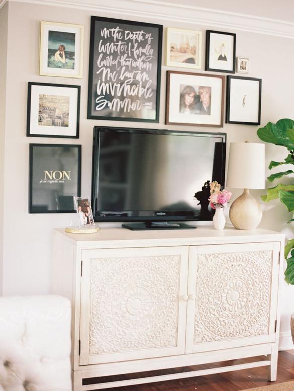wall gallery around tv