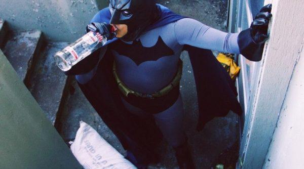 The Drunk Knight Rises... forse. Foto di Nicole Johanna