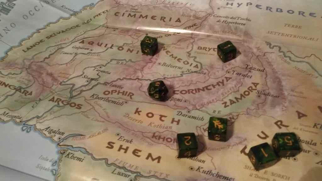 il dado sulla mappa del mondo di Conan