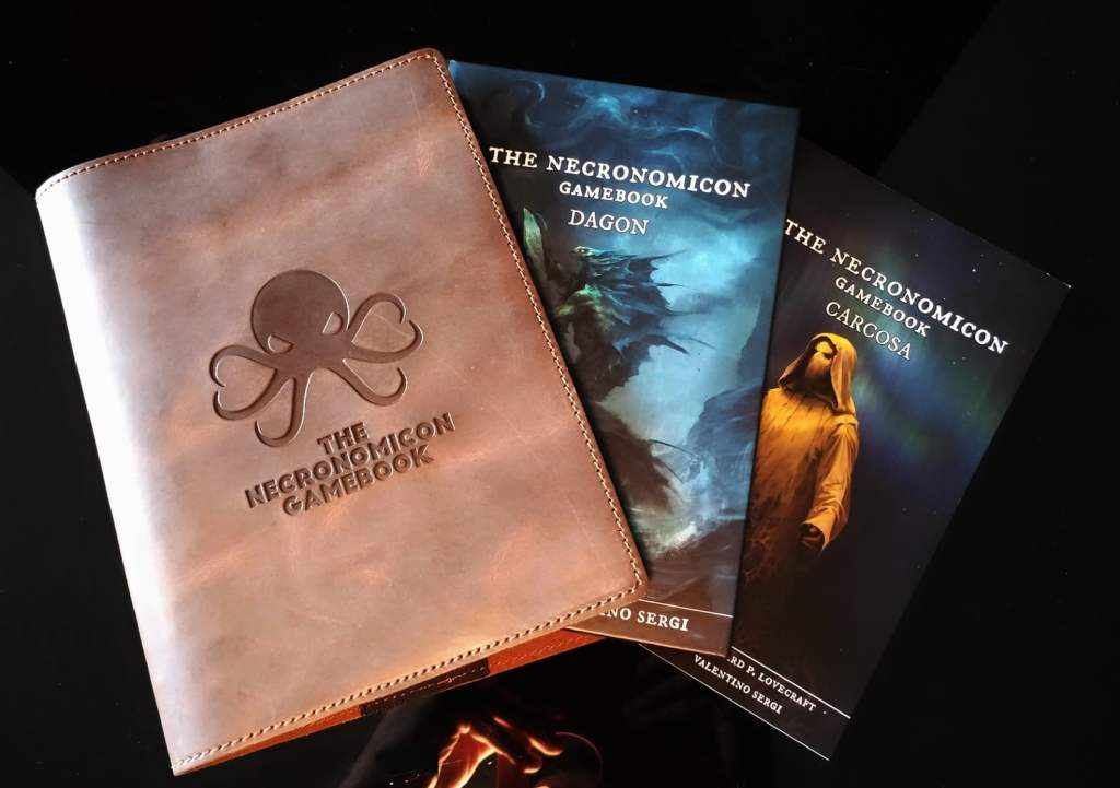 The Necronomicon Gamebooks, Dagon e Carcosa