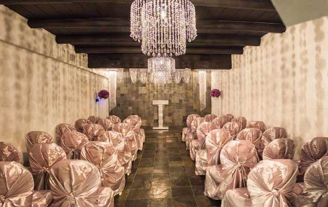 The-Crystal-Wedding-Chapel