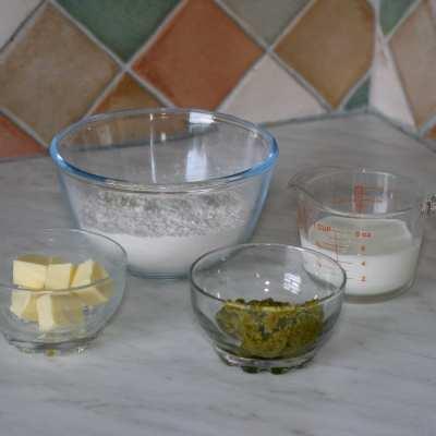 Pesto Scones