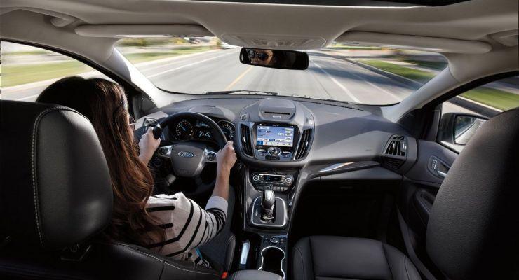 Vehículos conectados: cómo mejoran la seguridad y el confort a bordo