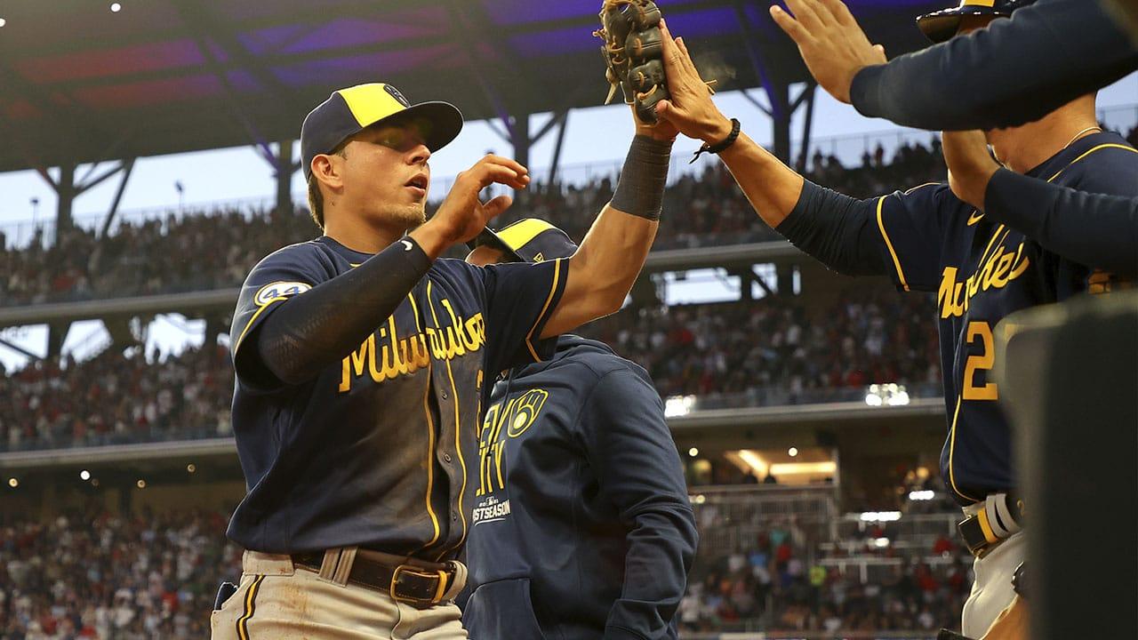 Luis Urias MLB Cerveceros de Milwaukee