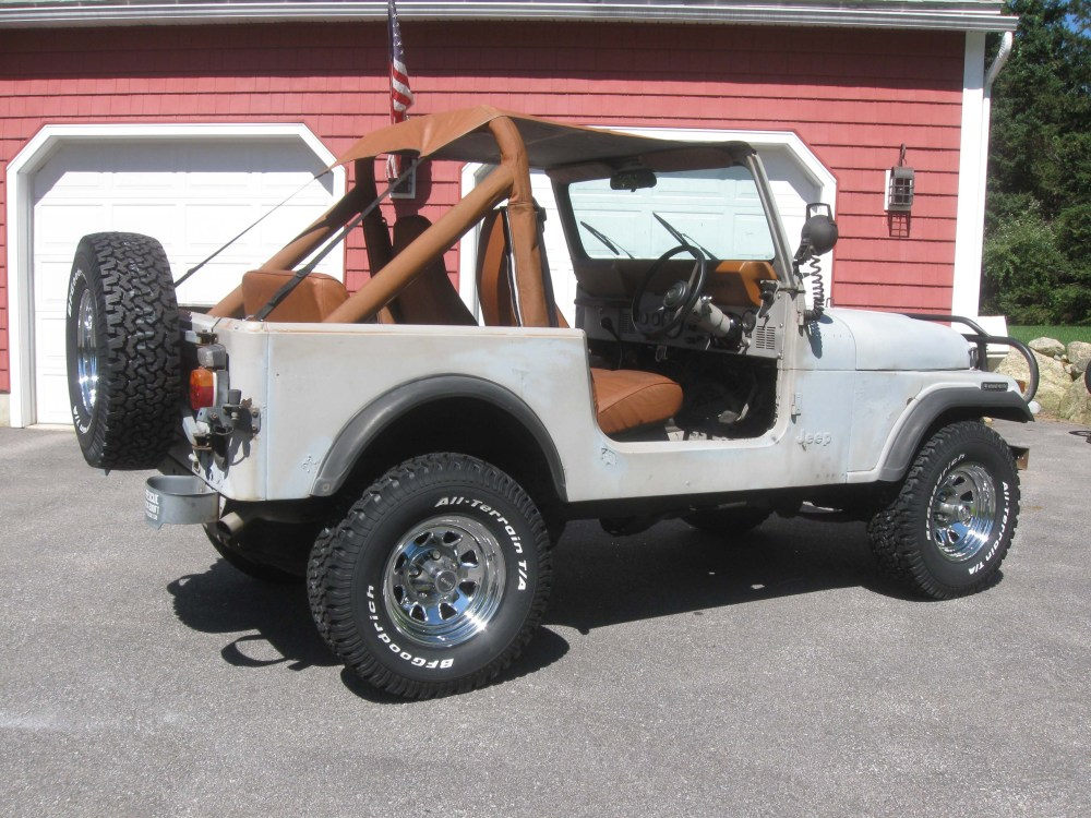 medium resolution of  08 11 13 i am still digging into the uk jeep it is coming along just a lot of work to do to it i also am finishing up the orange jeep and trying