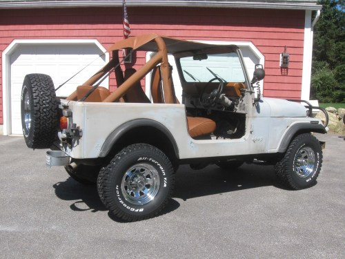 small resolution of  08 11 13 i am still digging into the uk jeep it is coming along just a lot of work to do to it i also am finishing up the orange jeep and trying