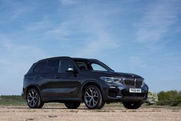 BMW X5 (2020) vue de face