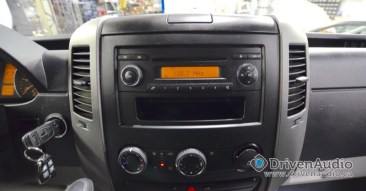 apple carplay via pioneer appradio4 in mercedes sprinter van. Black Bedroom Furniture Sets. Home Design Ideas