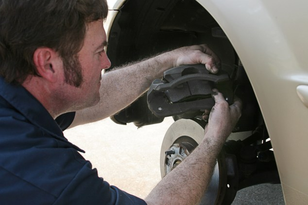 7 Easy Tips For Replacing Brake Pads On Your Toyota Yaris