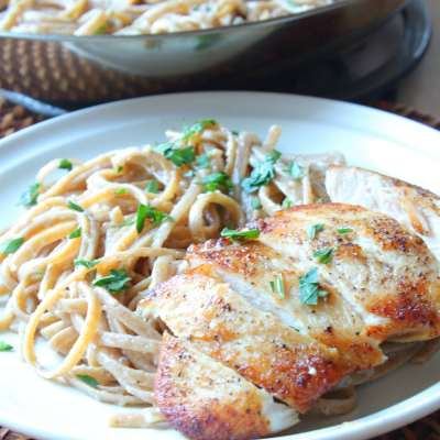 Easy Chicken Pasta with White Wine Sauce