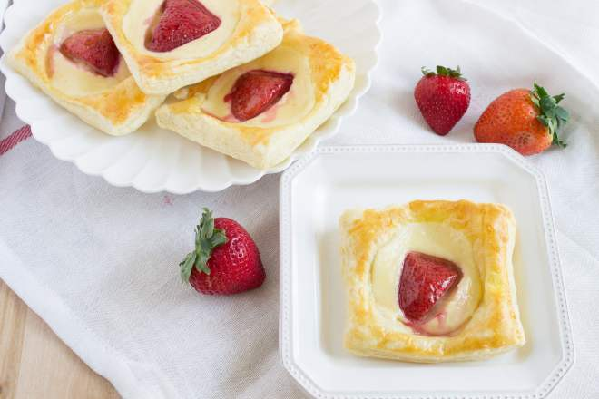 recipe: cream cheese puff pastry danish [23]