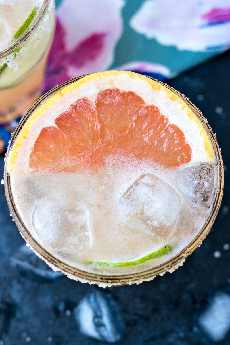 Top view of Palomas with a grapefruit slice