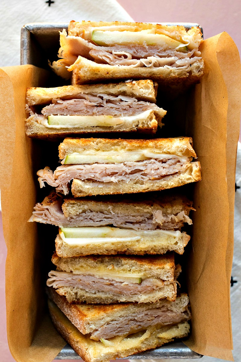 Turkey Apple Melts in a container lined with brown paper