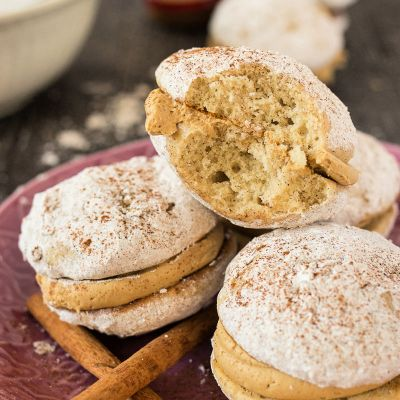 Cinnamon Latte Whoopie Pies