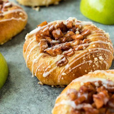 Cinnamon Apple Kolaches
