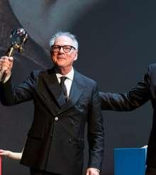 53. MFF Karlovy Vary se rozloučil s diváky a ocenil filmy, herce a tvůrce v čele s Jaromírem Hanzlíkem a Barrym Levinsonem