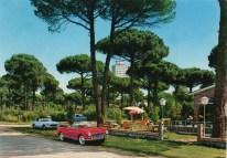 Viale Leopardi e albergo Biancaneve sulla destra
