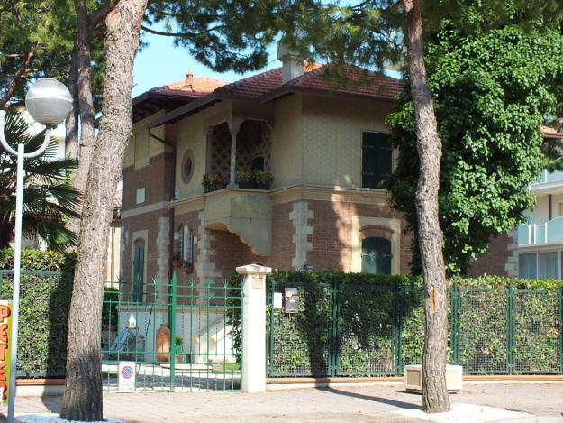 Tour dei villini Liberty di Milano Marittima