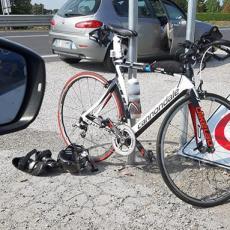 Si allena per l'Ironman in autostrada, fermato e multato