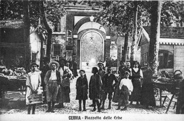 Cervia Piazzetta delle Erbe