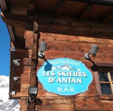 Les Skieurs d'Antan