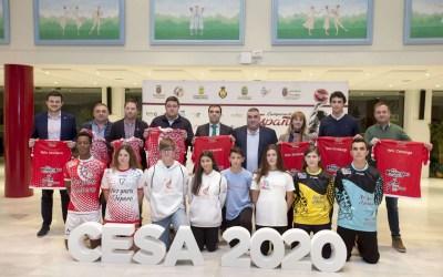 El lábaro protagoniza las camisetas cántabras del CESA 2020
