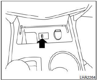 Nissan Altima: Operación del reproductor iPod* con sistema