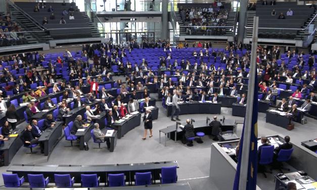 L'extrême droite sous haute surveillance en Allemagne