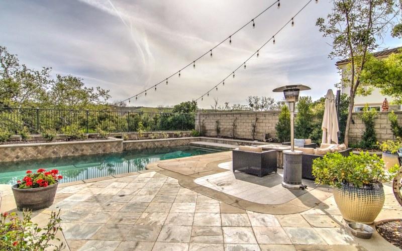 Pool View Backyard Coto de Caza