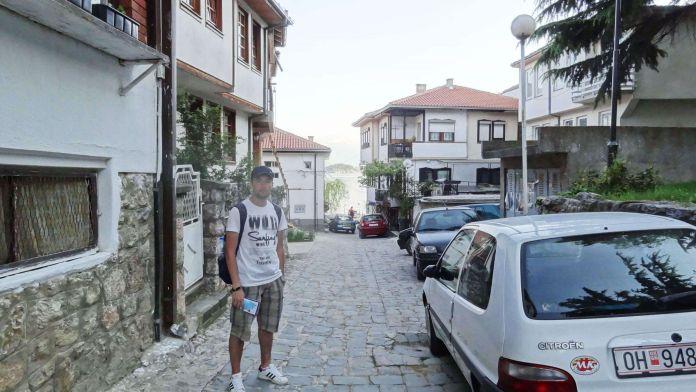 Makedonya Ohri Ara Sokaklar ohri gezi rehberi Ohri Gezi Rehberi Makedonya Ohri Ara Sokaklar 696x392