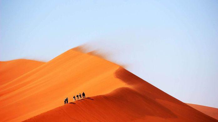Erg Chebbi Kum Tepeleri, Fas  Dünyanın En Renkli 10 Yeri Erg Chebbi Kum Tepeleri Fas