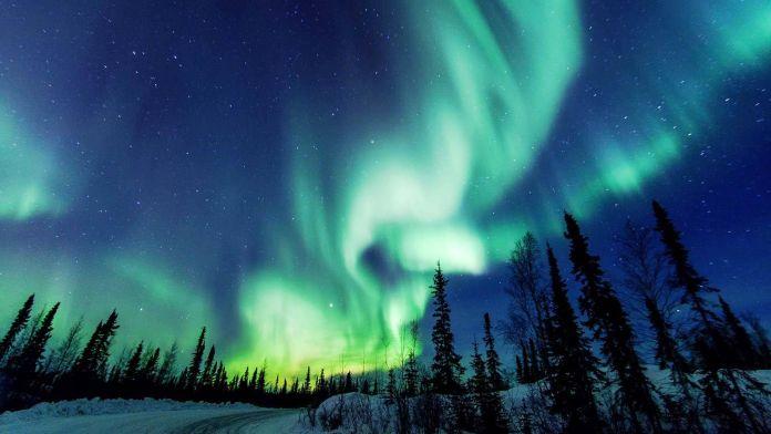 Yellowknife, Kuzeybatı Toprakları, Kanada  Dünyanın En Renkli 10 Yeri Yellowknife Kuzeybat   Topraklar   Kanada