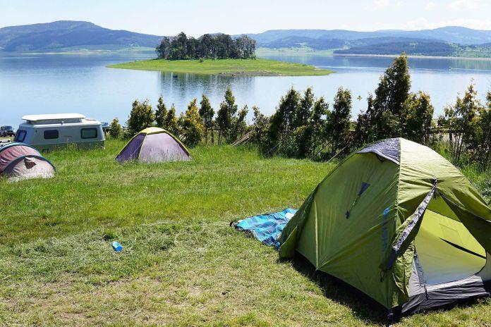 Bulgaristan Batak Gölü Çadırımız ve Doğa  Bulgaristan | Batak Gölü Gezi Rehberi Bulgaristan Batak G  l     ad  r  m  z ve Do  a