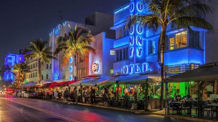 Miami Ocean Drive miami gezi rehberi Miami Gezi Rehberi Miami Ocean Drive 696x392