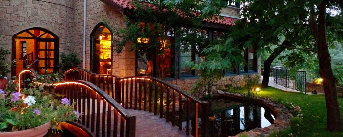 Çetmihan Otel - Çanakkale evcil hayvanınızla gidebileceğiniz 10 otel Evcil Hayvanınızla Gidebileceğiniz 10 Otel etmihan Otel anakkale 696x278
