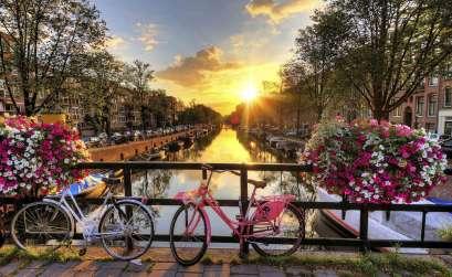 İlkbaharda Gezilecek En Güzel Yerler Hollanda Amsterdam