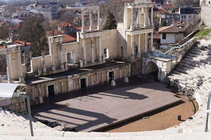 Filibe, Bulgaristan Plovdiv (Filibe)'de Gezilecek Yerler Plovdiv Antik Roma Tiyatrosu 678x452