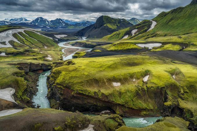 Temmuz Ayında Gidilecek Yerler İzlanda Nehir Şelale Temmuz Ayında Gidilecek Yerler zlanda Temmuz 678x452