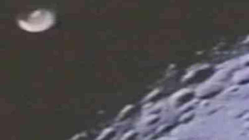 UFO filmado pela Apollo 16?