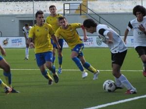 El Cádiz exhibió maneras de un gran equipo