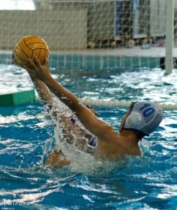 El torneo de Marbella se ha convertido en la fiesta del waterpolo base