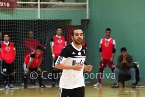 Mohamed, con un pinchazo en un muslo, no ha podido jugar en la segunda parte