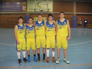 Cinco inicial con Juanjo, Víctor, Jorge, Ale Alonso y Matías