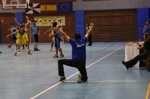 Juanma Delgado, entrenador del CB Juventud, vive con intensidad el juego