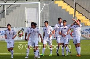 El Atlético de Ceuta espera que su afición le ayude a doblegar al líder