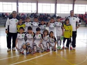 La selección benjamín de Ceuta forma antes del encuentro contra Madrid