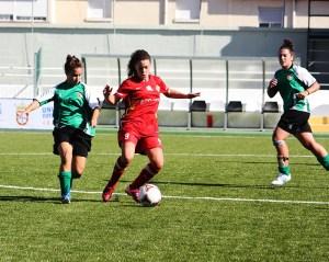 El Carmelitas batalló ante el CFF Cáceres, pero perdió por la mínima