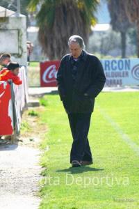 Álvaro Pérez no ocultó su alegría tras la importante victoria del Atlético de Ceuta en Conil