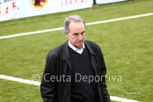 Álvaro Pérez espera que su equipo imponga su manera de entender el fútbol