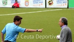 A Álvaro Pérez no le gustó el arbitraje del sevillano Morgan Montes